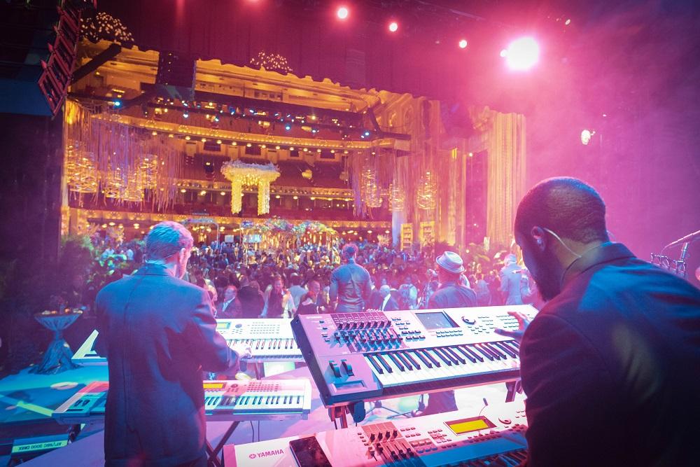 LIB MC Lyric Opera behind the keys