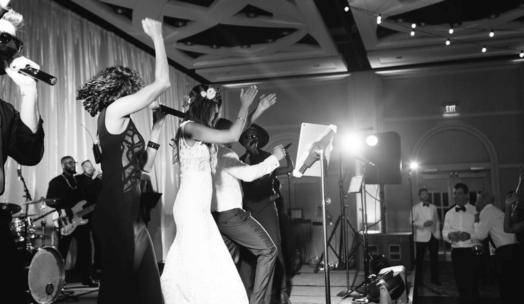 Signs You Need a Dance Band For Your Wedding